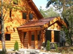 Casa de lemn galati for Casa la tara ieftina